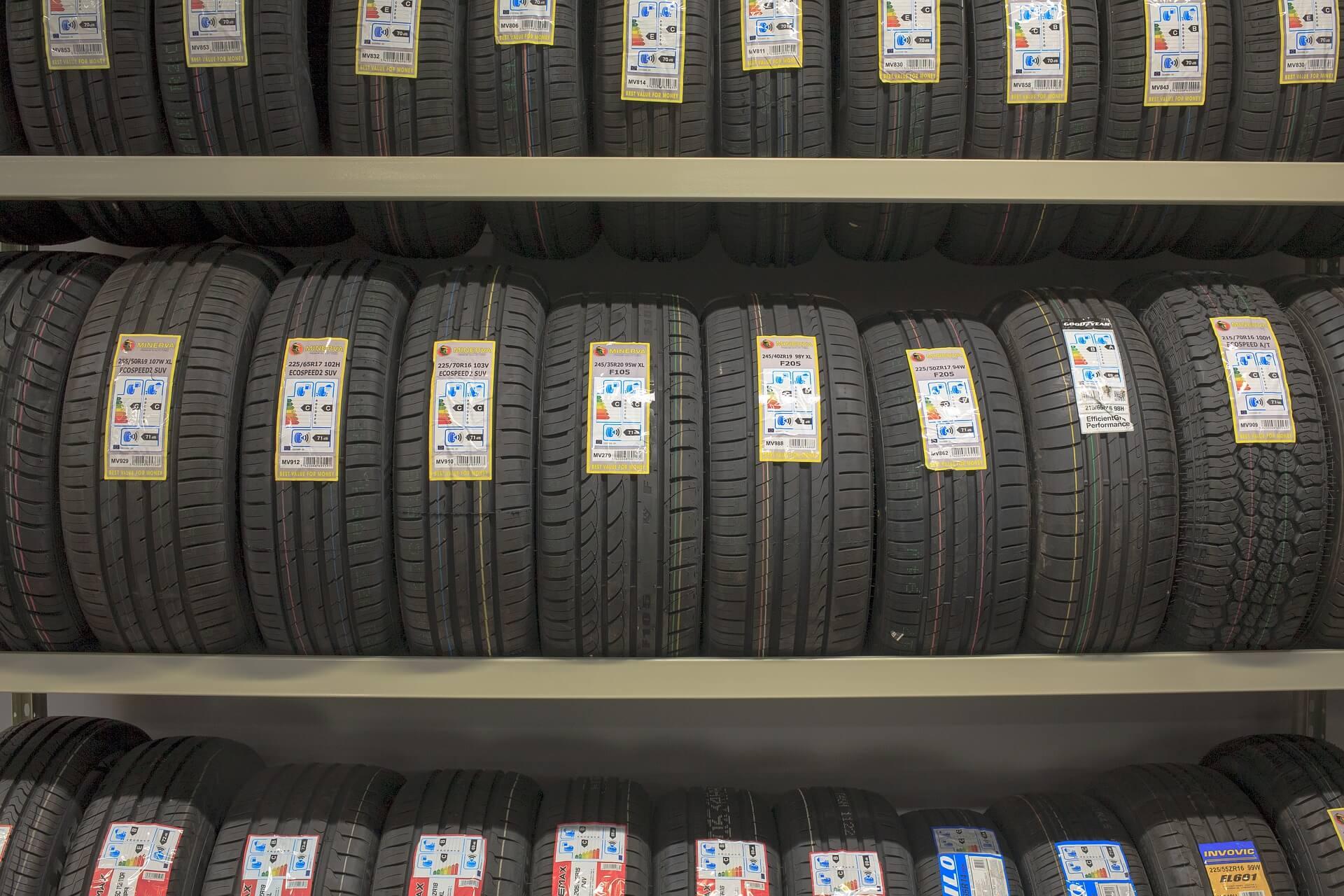 vendita online di pneumatici nuovi (1)